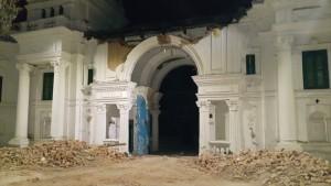 ネパール大震災2015-4-28 (10)